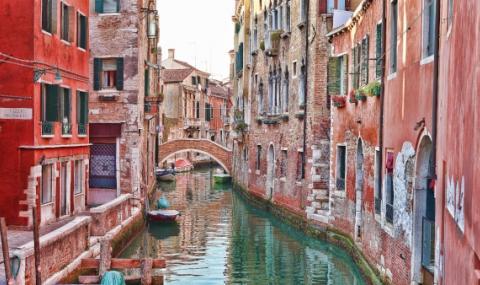 Венеция започва борба с проститутките и пияниците
