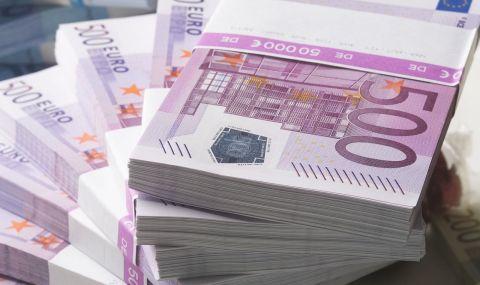 Късметлии: цели три години по 1200 евро на месец