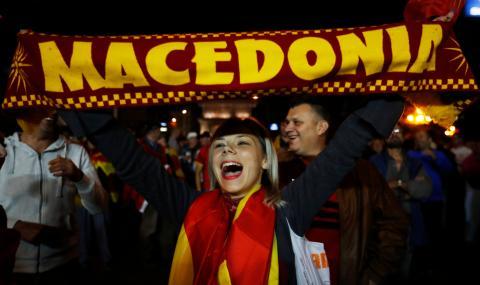 Гръцки министър: Македонският референдум е нищожен