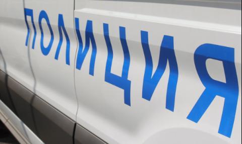 Бабаити потрошиха автобус след скандал на пътя