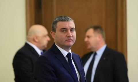Комисия се бави с апартамента на Горанов