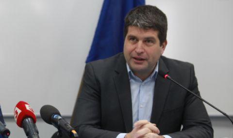 Хората, работили над 6 месеца от вкъщи в България за чуждестранен работодател, трябва да подадат данъчна декларация