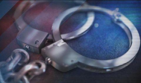 Граничен полицай от ГКПП-Гюешево е хванат с подкуп от €20 - 1