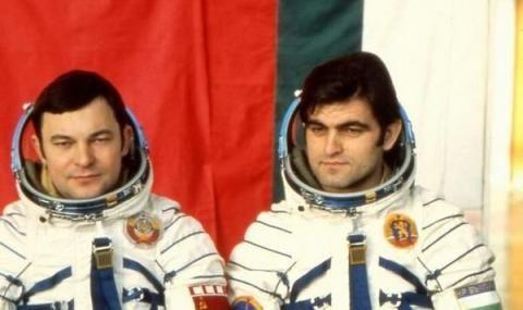На 7 юни 1988 г. Имаме втори космонавт
