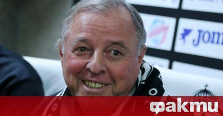 Александър Тарханов официално бе обявен за нов треньор на Славия.