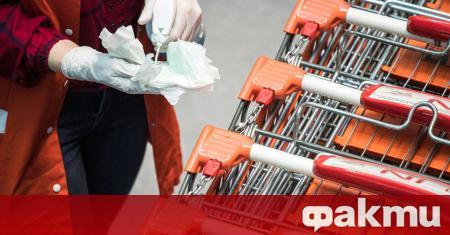 Австрия отваря магазините още другата седмица. Страната стана първата в