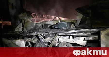 Голям пожар бушува при село Кърналово, съобщиха от BTV. По