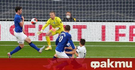 Тотнъм записа минимален успех с 1:0 срещу срещу Евертън в