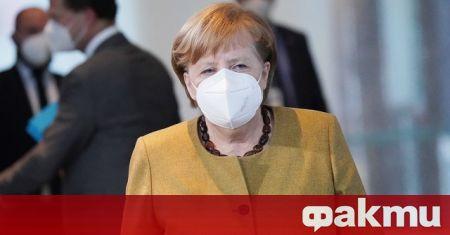 Германската канцлерка Ангела Меркел приветства
