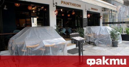 Собствениците на ресторанти в Гърция искат изплащане на пълни заплати