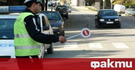 Започнаха масови проверки по пътищата заради засиления трафик и зачестилите