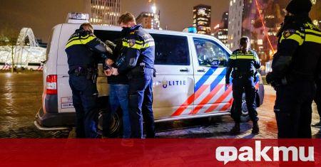 Полицията в Нидерландия задържа 25 души и глоби над 3600