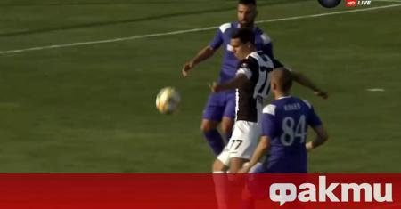 Локомотив Пловдив записа очакван, но труден домакински успех срещу Етър