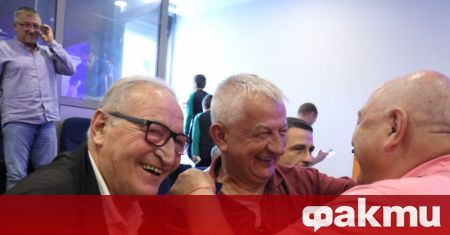Собственикът на Локомотив (Пловдив) - Христо Крушарски коментира пред