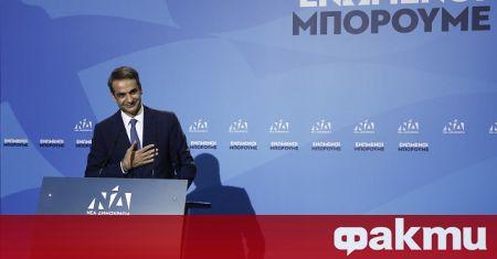 Гръцки епидемиолози настояват премиерът Мицотакис да удължи локдауна в страната