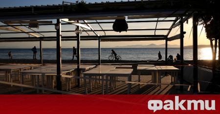 В Гърция днес отварят кафенета и ресторанти, предаде БНР. Свободен