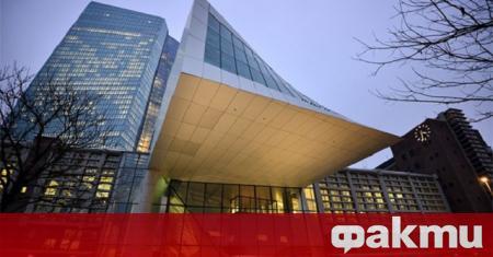 За увеличен риск страни членки на еврозоната да се откажат