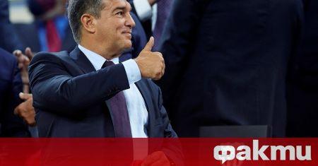 Роналд Куман ще продължи да бъде треньор на Барселона без