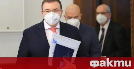 Премиерът Борисов ме покани да стана министър на здравеопазването, надявам
