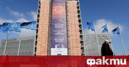 От Европейската комисия заявиха, че протестите и мирните демонстрации са