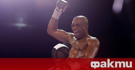 Легендата Андерсон Силва продължи да впечатлява на боксовия ринг. 46-годишния