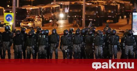 Втора вечер на протести и сблъсъци между опозиционери и беларуската