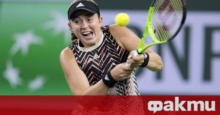 Испанката Паула Бадоса и Виктория Азаренка (Беларус) на силния турнир