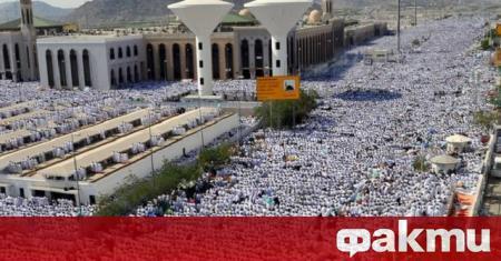 Саудитска Арабия обмисля да отмени традиционния хадж за първи път