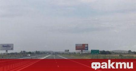 """Маркировката на новоремонтирания участък от магистрала """"Тракия"""" в района на"""