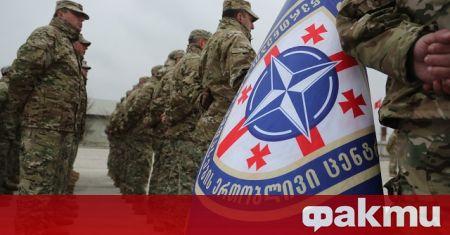Генералният секретар Йенс Столтенберг заяви, че намиращите се руски войски