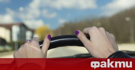 78-г. жена от Самоков колабира, докато шофира автомобила си в