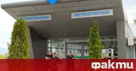 Кървав инцидент в софийското метро. Мъж простреля жена във влака