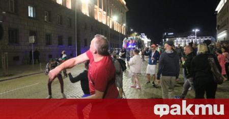 75-ата поредна вечер на протест срещу правителството и главния прокурор