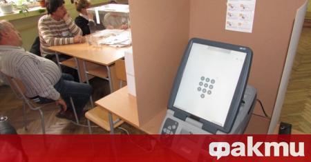 ЦИК проучва три варианта за машинното гласуване. От избирателната комисия