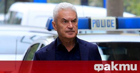 ГЕРБ са обещали 70 000 гласа на ВМРО. В циганските