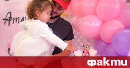Дъщерята на рапъра Криско Амая стана на 2 годинки. Певецът