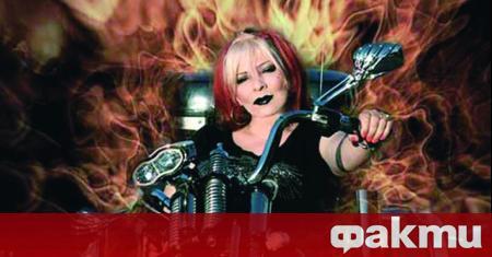 Рок изпълнителката Милена Славова търси начин да си стъпи на