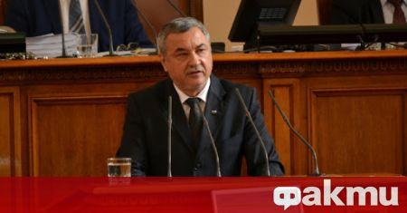 Зам.-председателят на парламента Валери Симеонов ще посрещне в Народното събрание