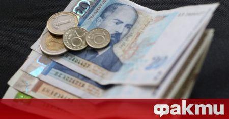 Кметът на Крушари Илхан Мюстеджеб взема по-висока заплата от градоначалниците