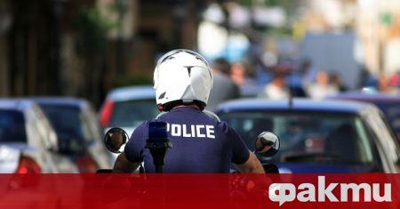 В Атина беше задържан известният гръцки певец Нотис Сфакианакис. При