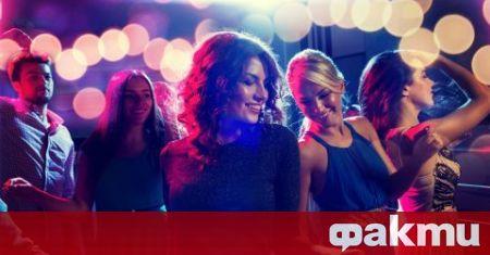 Полицията развали нелегален купон в нощен клуб във Варна, съобщава