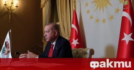 Критикувайки ислямофобията в западните страни, турският президент Реджеп Тайип Ердоган