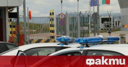 Граничен полицай е бил открит с огнестрелна рана в главата