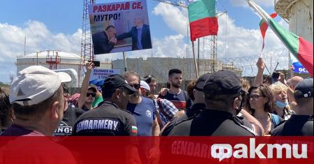 """В парк """"Росенец"""" в Бургас, където вчера имаше протест на"""