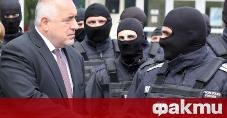Премиерът Бойко Борисов обеща, че ако икономиката върви добре догодина,