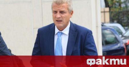 """""""Българското правителство, при силна държавност, трябва да поиска оставката на"""