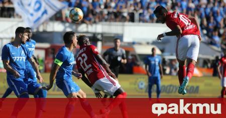 Бразилският атакуващ футболист на ЦСКА Евандро продължава да очаква развитие
