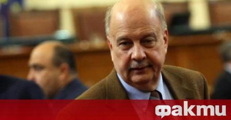 Депутатът от ГЕРБ и бивш конституционен съдия Георги Марков публикува