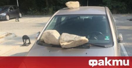 """Истинска война за паркоместа се води в комплекс """"Оазис"""" 6"""