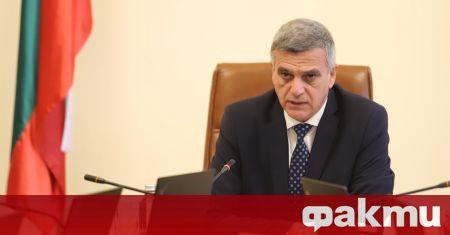 Започна срещата на служебния премиер Стефан Янев с представители на